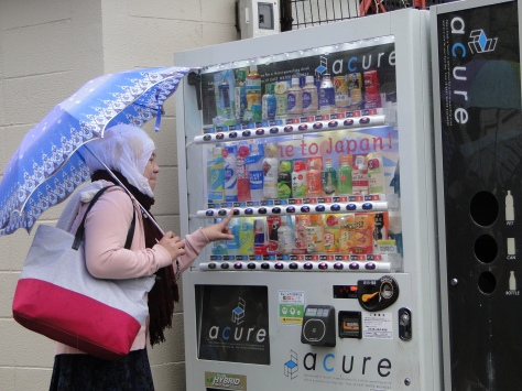 Glad to tried vending machine as what Ive seen it in movie and anime.